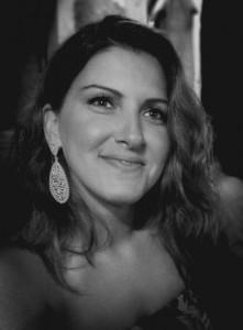 Συνεντευξη της συγγραφεως Βαλίνας Ιωσηφίδου